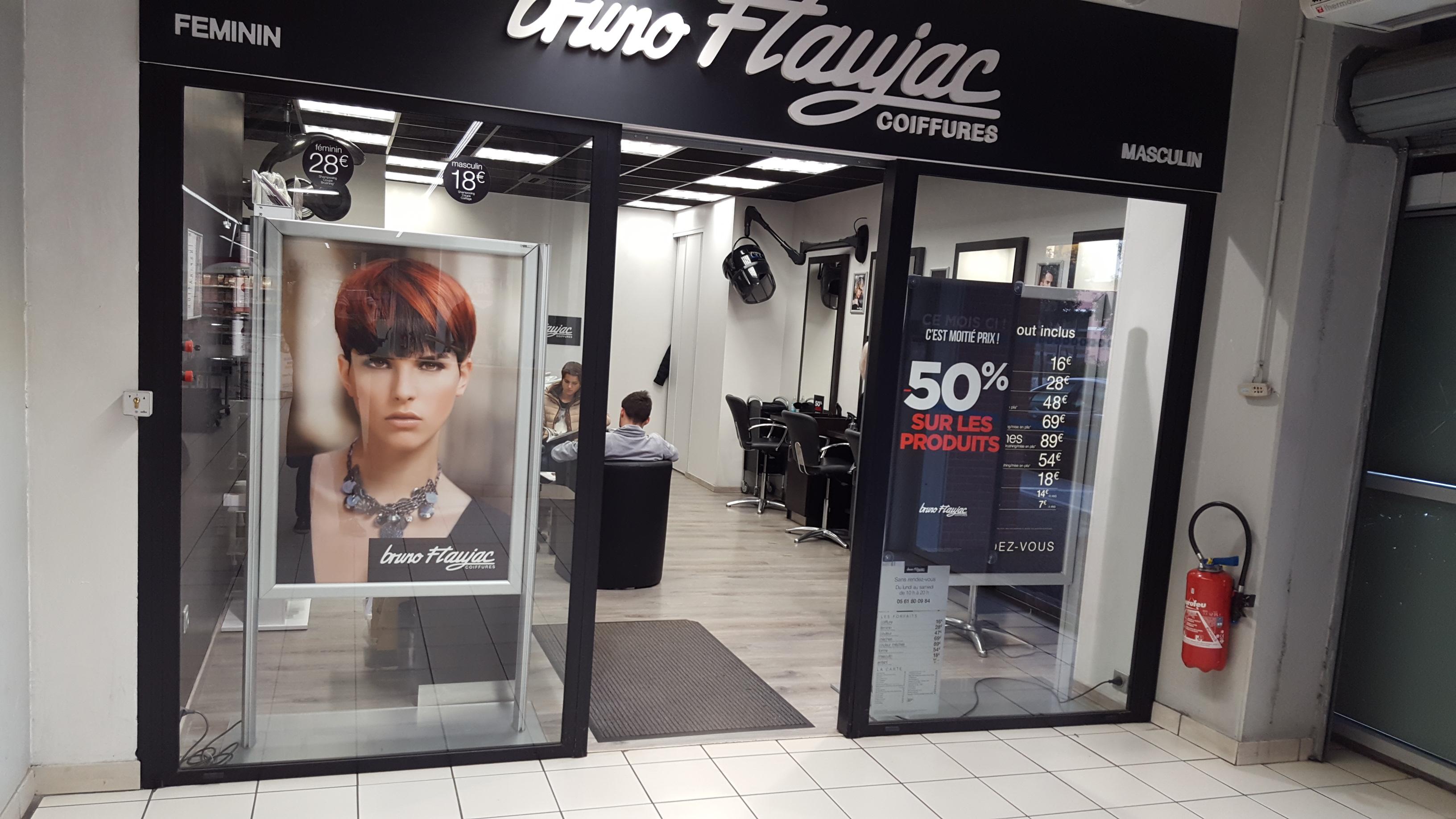 Toulouse ponts jumeaux bruno flaujac salon de for Salon de coiffure toulouse